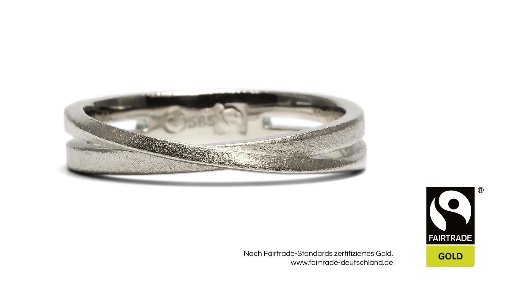 "GOLDAFFAIRS - Ring ""Malia"" aus FAIRTRADE Weißgold, sandmatt"
