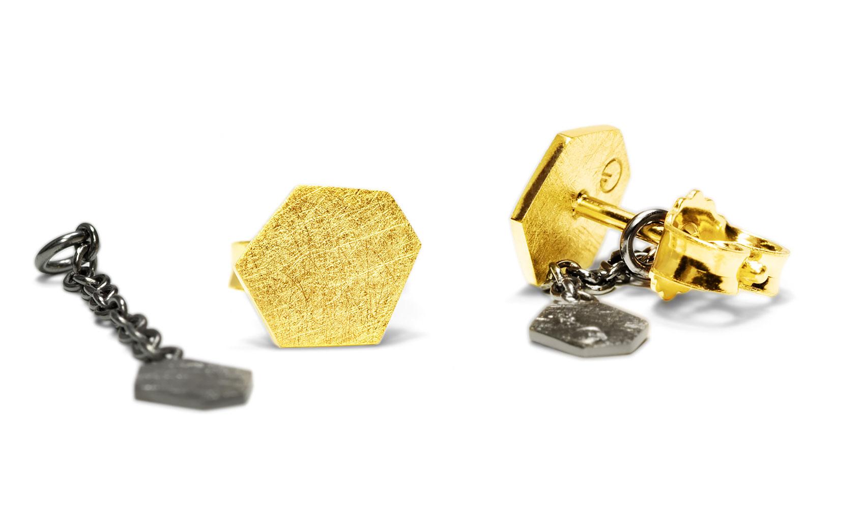 """GOLDAFFAIRS - Ohrstecker """"polly"""" aus ECO/FAIR Silber, gelbgoldplattiert und schwarz rutheniert"""