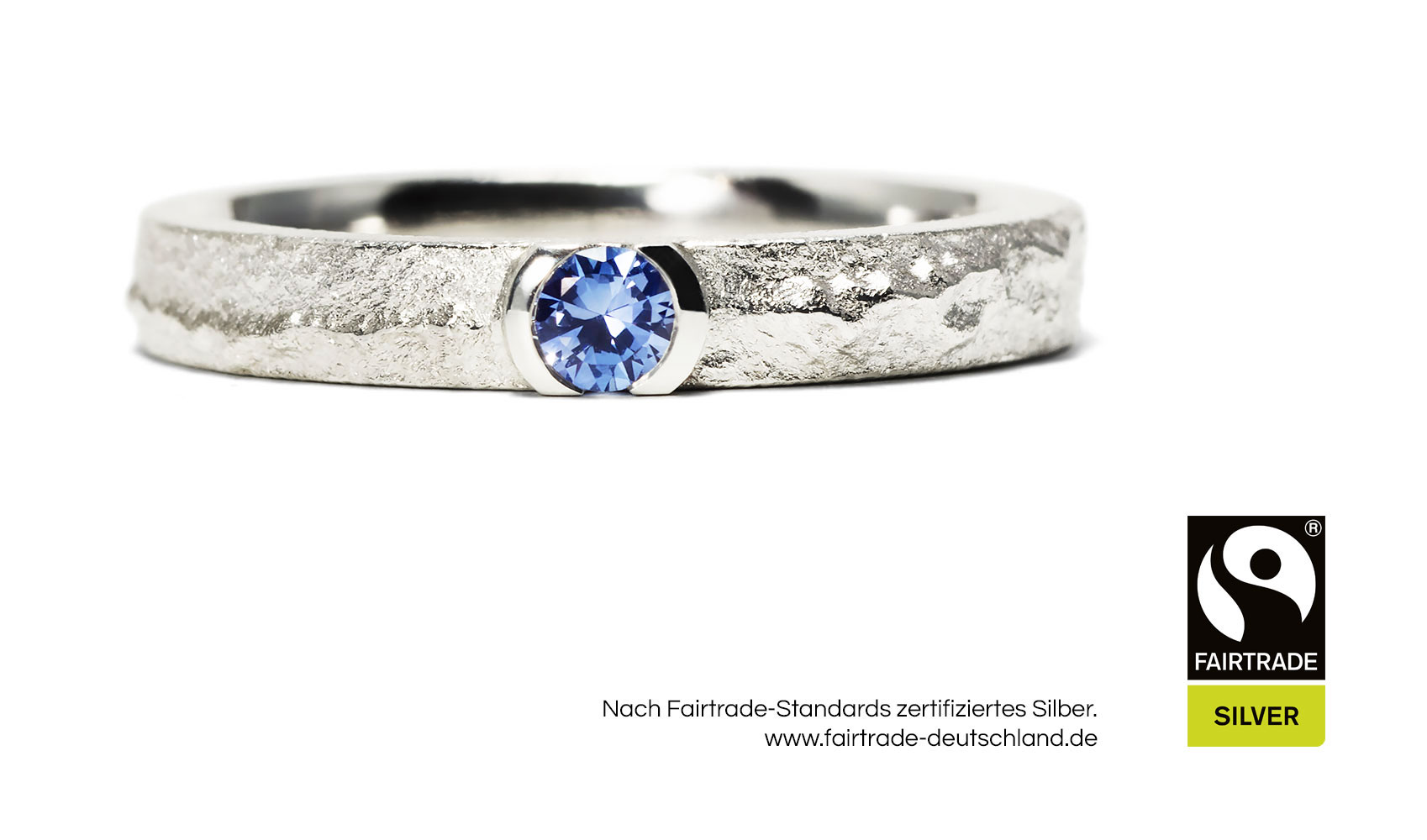 "GOLDAFFAIRS - Ring ""May"" aus FAIRTRADE Silber mit fair gehandeltem Saphir"