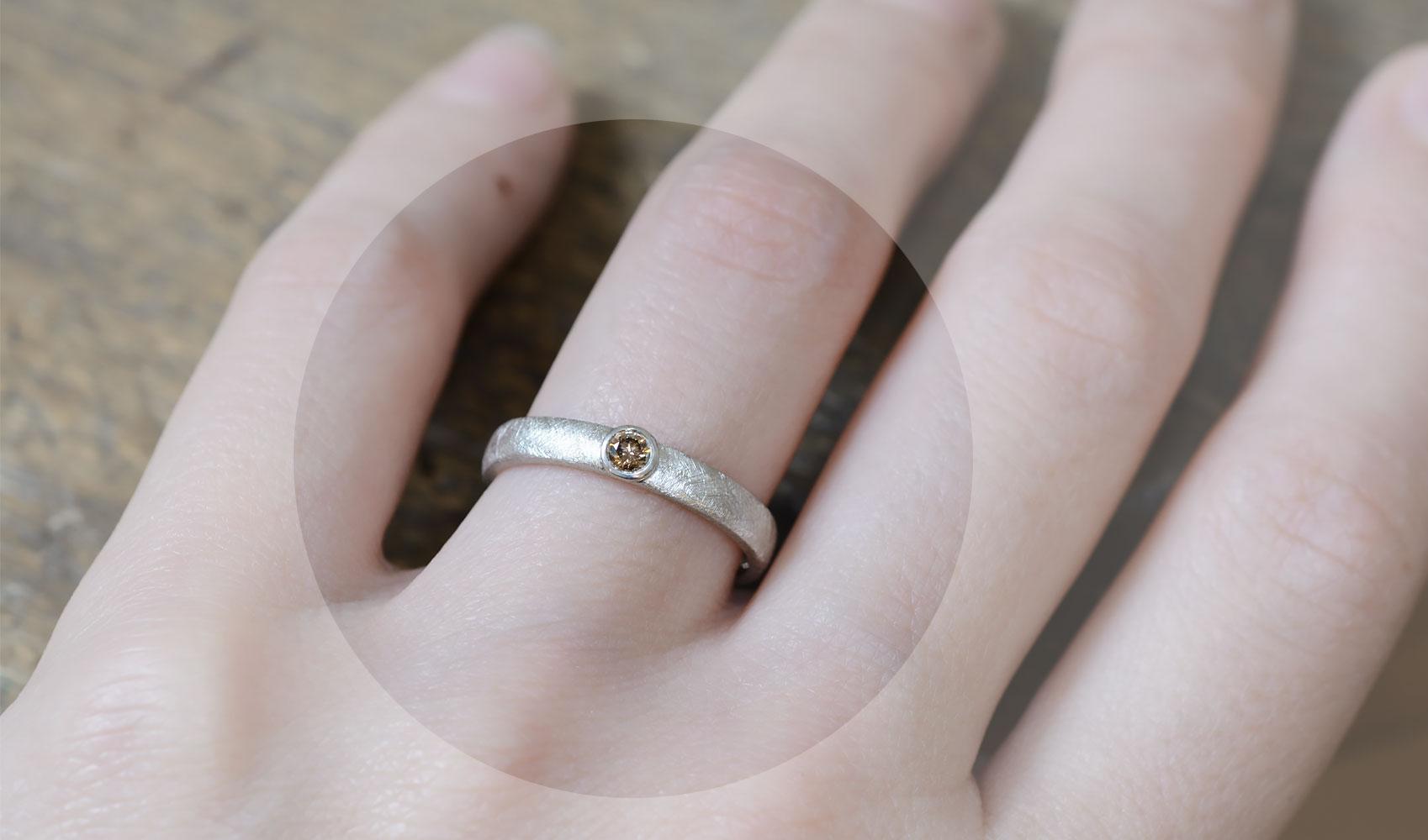 "GOLDAFFAIRS - Verlobungsring ""Cloe"" aus FAIRTRADE Silber mit champagnerfarbenem Diamant, eismatt"