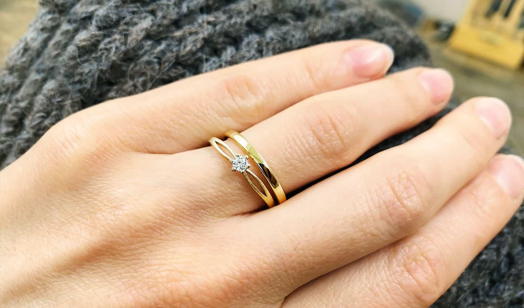 "GOLDAFFAIRS - Verlobungsring ""Iva"" aus FAIRTRADE Gelbgold und Diamant"